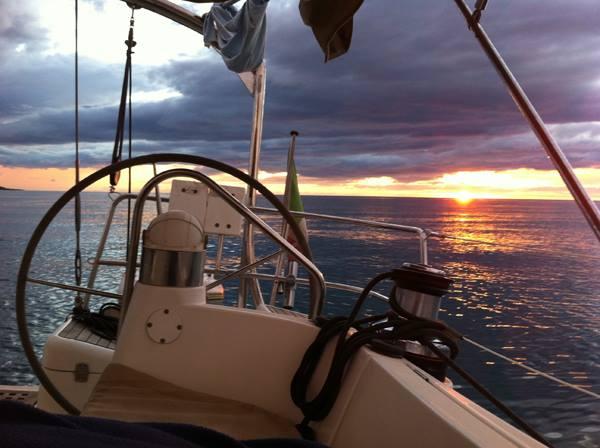 conosci napoli dal mare - Charterjamm
